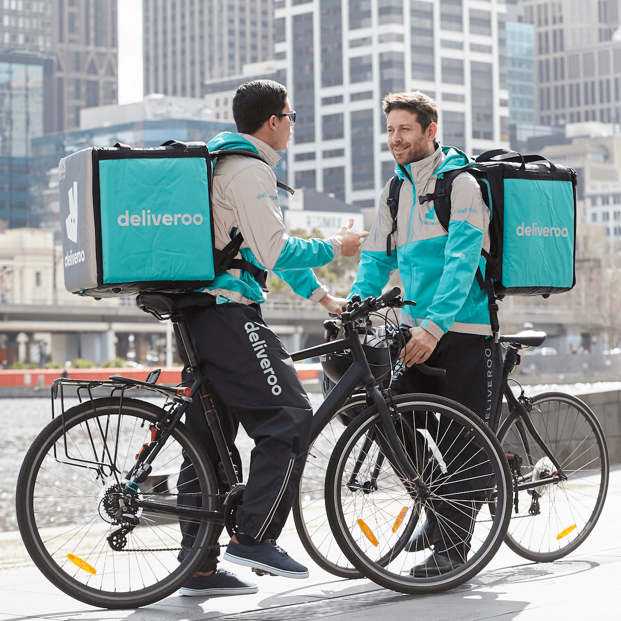 Online Food Delivery Shakeup: Deliveroo Launches Marketplace+