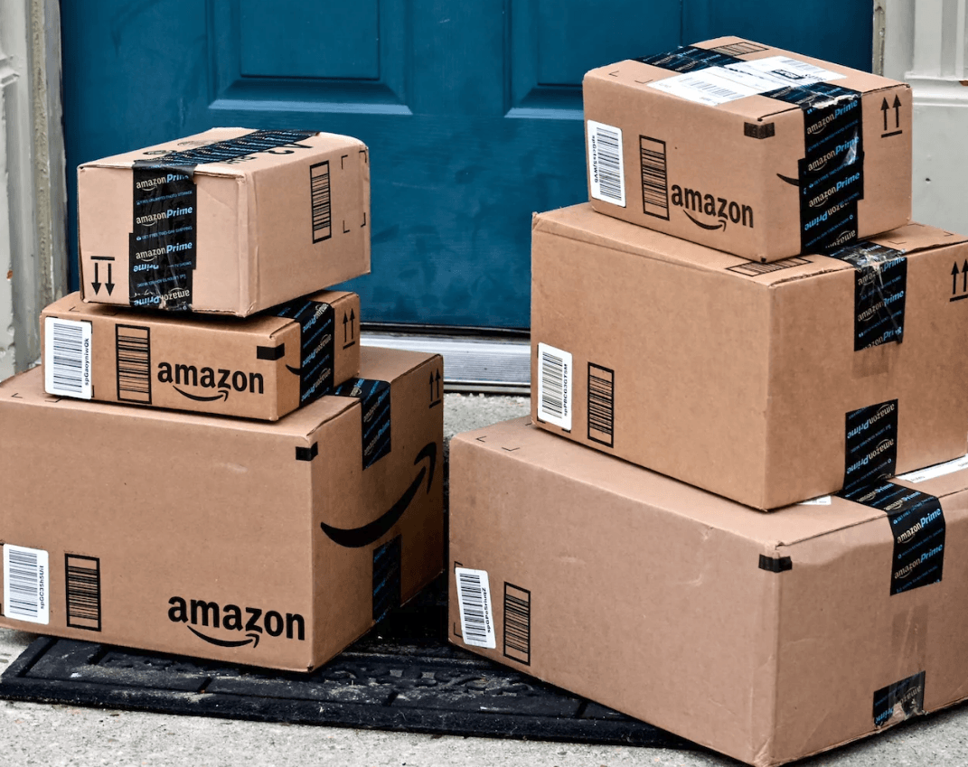 Amazon Takes on Google and Facebook in Advertising Pilot