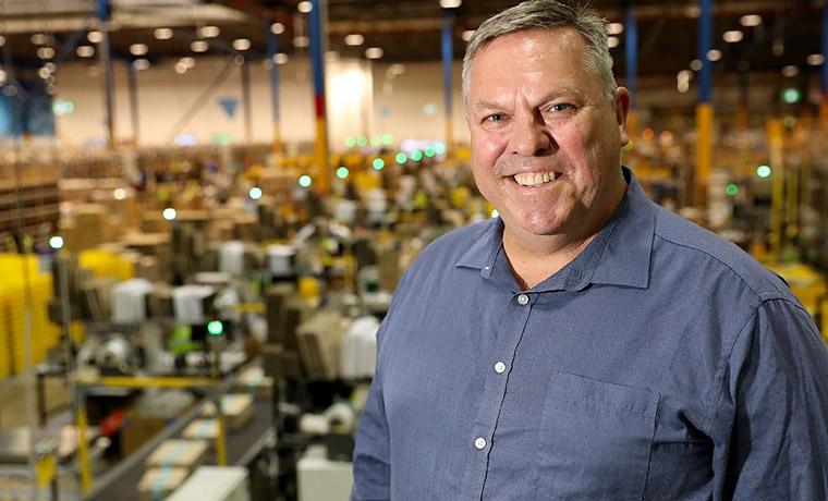 Amazon's Giant Robot Warehouse is Coming to Australia