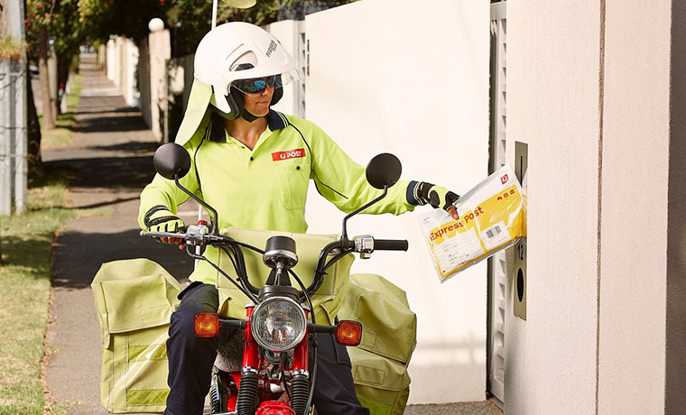 Australia Post's Temporary Pause on Online Deliveries: Experts Weigh In